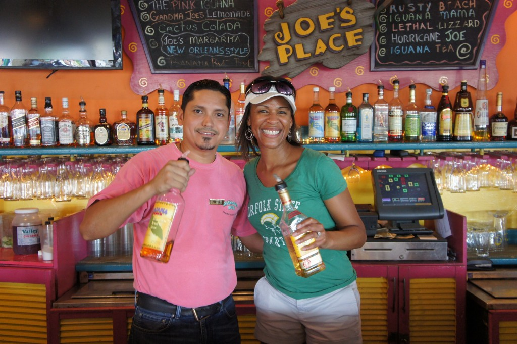 Hanging with the best mojito maker at Aruba's Iguana Joes